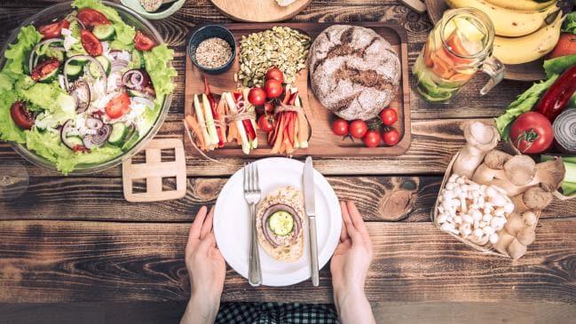 Warum allein essen macht uns fett