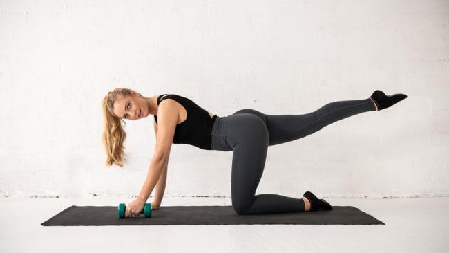 Peaches Pilates hat ein neues Programm, das tatsächlich mit Ihrem Menstruationszyklus funktioniert