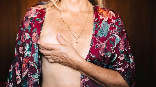 Brust abtasten: Anleitung in 6 Schritten